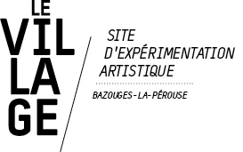 logo Le Village, art contemporain à Bazouges-la-Pérouse archives 2013